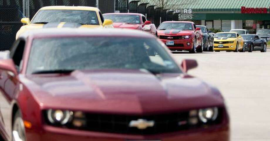 2010 Chevrolet Camaros arrive Saturday at Buckalew Chevrolet in Conro. / The Courier