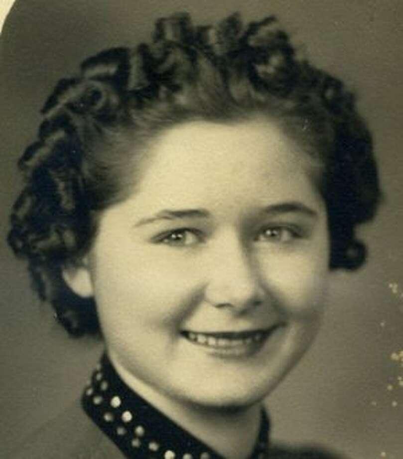 Hawthorne (Lorenz), Lillian