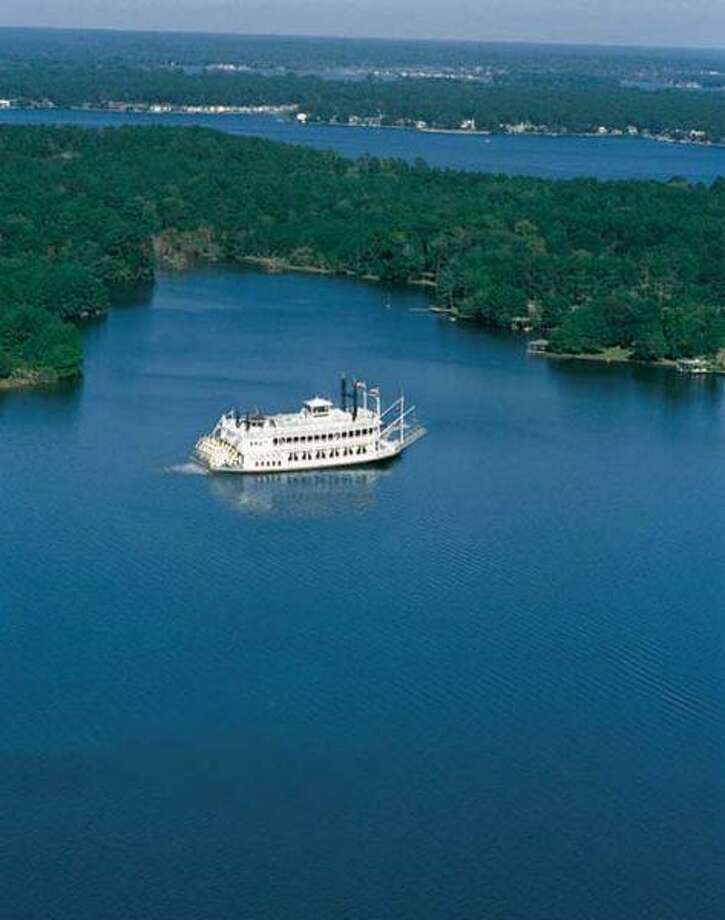 The Southern Empress paddlewheeler offers three Valentine's cruises on Friday, Saturday and Feb. 14.