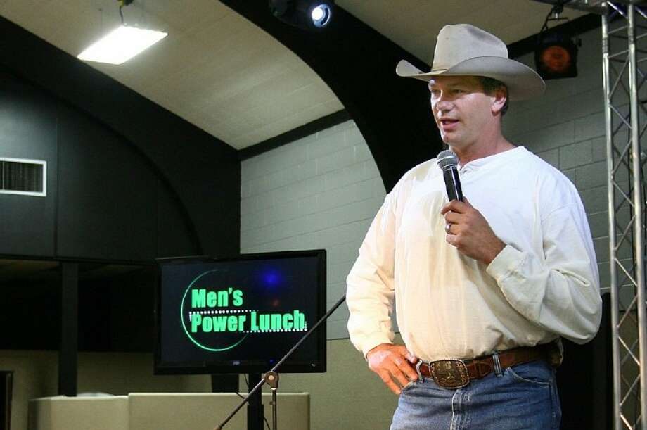 Former Dallas Cowboys tight end Jay Novacek was the featured speaker at Monday's Men's Power Lunch at First Baptist Church of Conroe.
