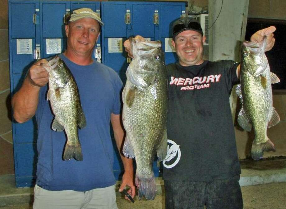 Tony Murray and Clint Powell won the Conroe Bass Tuesday Night Tournament on May 21 with a stringer weight of 15.86 pounds.