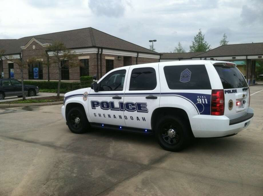 Shenandoah police are investigating a robbery at the Citibank located at 18410 I-45 North, which occurred around 11:30 a.m. Thursday.