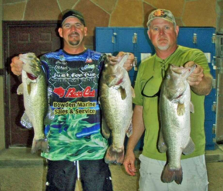 Julian Clepper and Randy Gunter won the Conroe Bass Midnight Madness Tournament on June 15 with a stringer weight of 17.81 pounds. They also caught the big bass of the competition, which weighed 7.92 pounds.