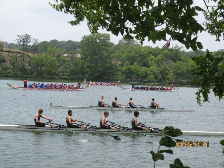 The Rowing Club of The Woodlands Juniors participated in the 2011 Texas Rowing Championships sanctioned by U.S. Rowing on Lady Bird Lake in Austin on Saturday.