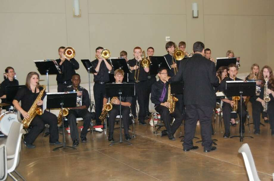The Willis Jazz Band entertains at The Rotary Club of Lake Conroe's recent Mike Ogg All Montgomery County Scholar Athlete Banquet.