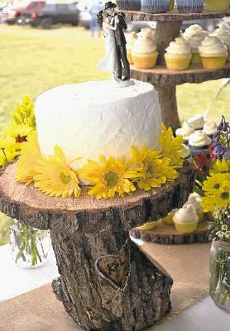 Do It Yourself Wedding Ideas For 2013 Rustic And Country