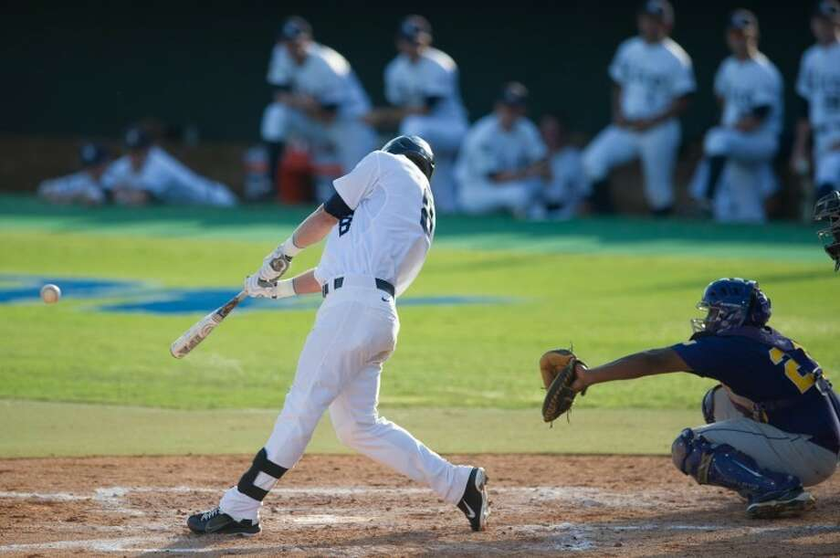 Michael Ratterree (Memorial) reached base twice against Arkansas on Saturday but did not score as Rice fell 1-0 in an NCAA Houston Regional winner's bracket game. Photo: Kevin B Long/GulfCoastShots.com