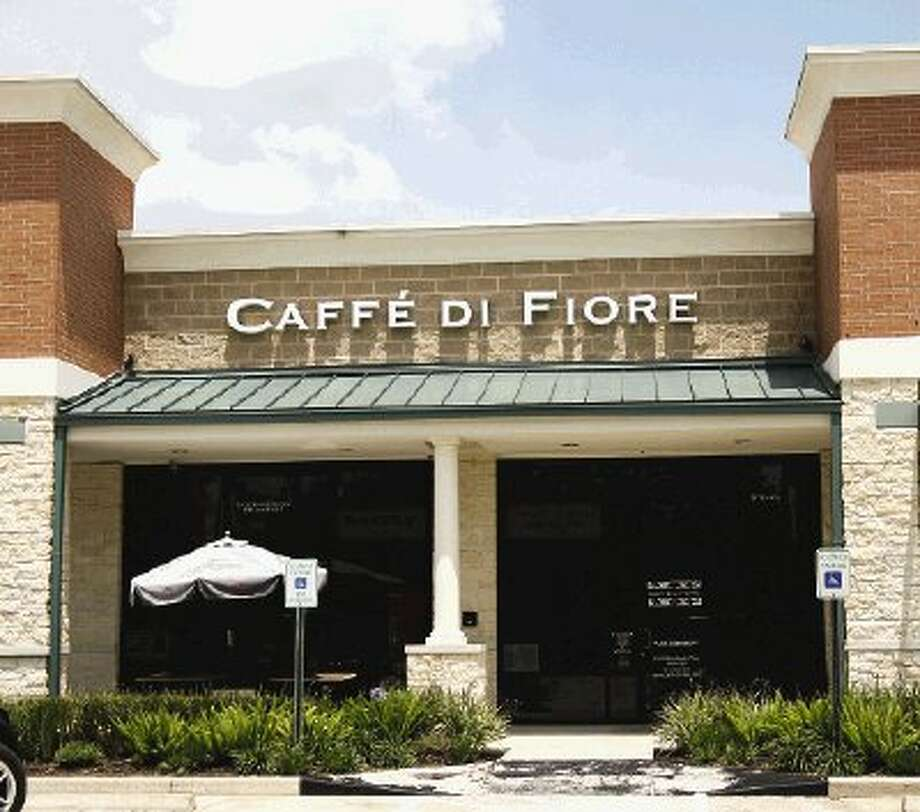 Caffee Di Fiore offers good food and service in a pleasant atmosphere -- if you can find it.