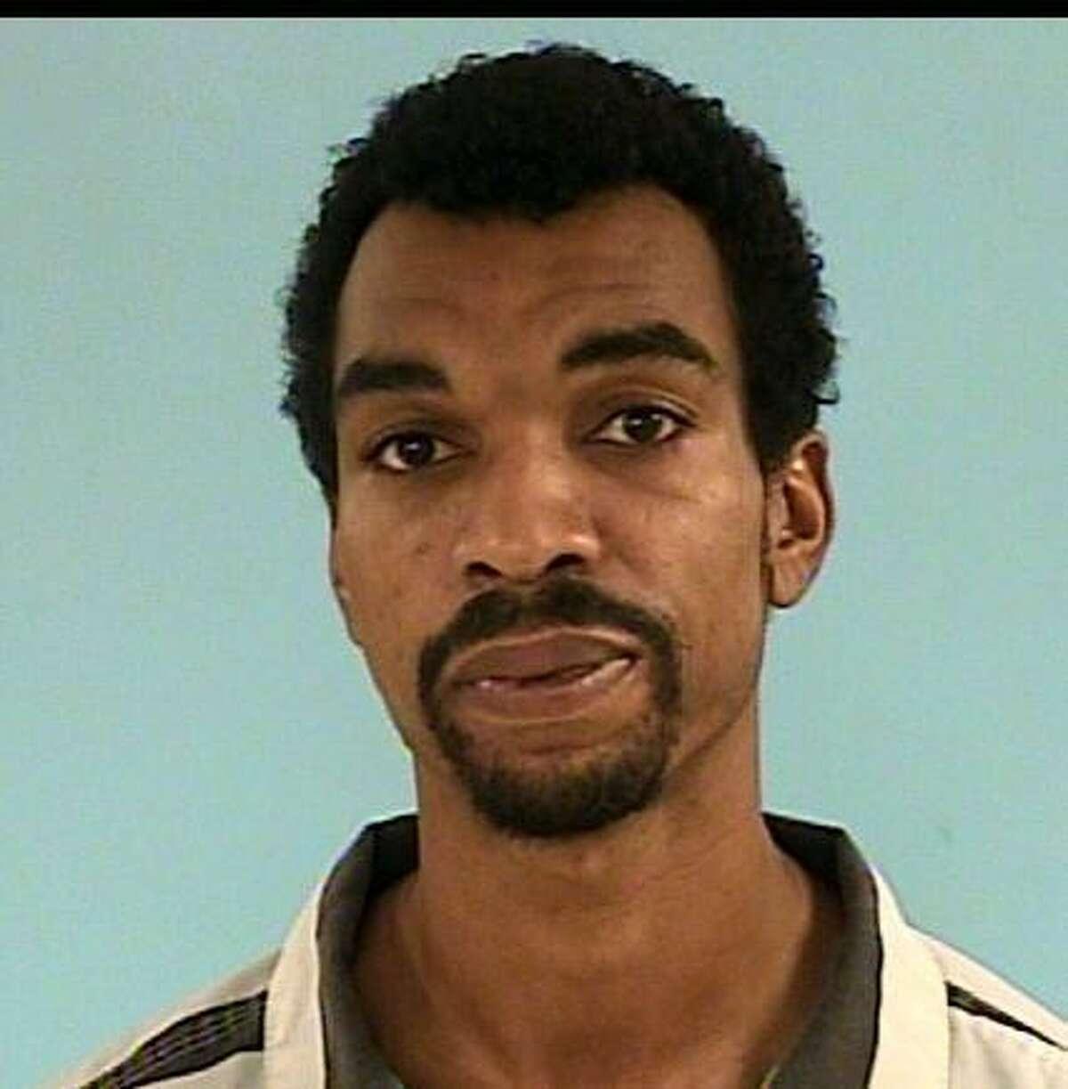 "GAFFORD, Johnathan LeondreBlack/Male DOB: 01/03/1981Height: 6'01"" Weight: 175 lbs.Hair: Black Eyes: BrownWarrant: # 120505604 Order of ArrestTheftLKA: Heathmeadow., Spring."
