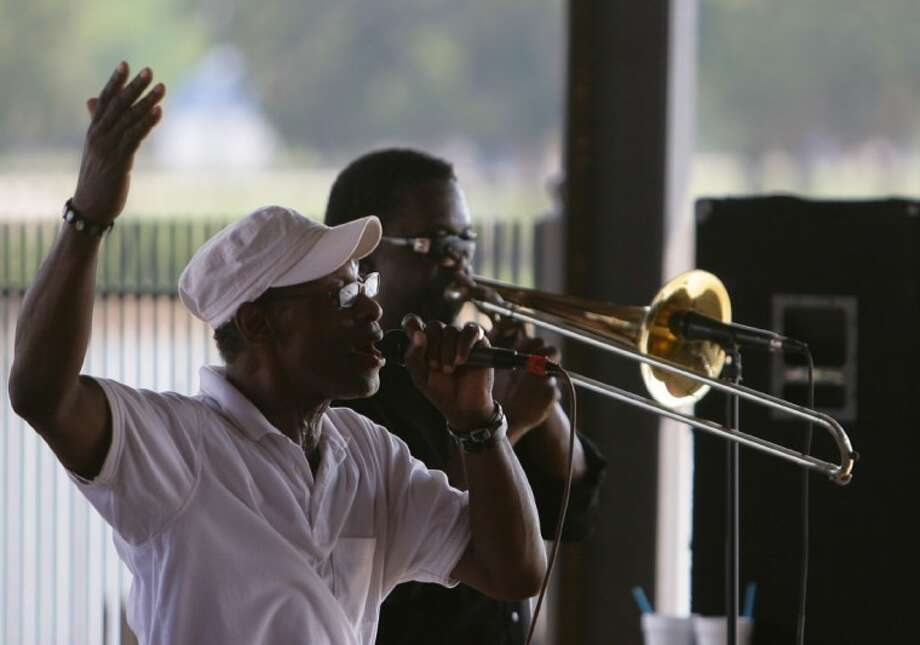 """The band """"Heart 2 Heart"""" performs for patrons at Papa's on the Lake in Conroe. Papa's on the Lake offers concerts on Saturday night and Sunday afternoon."""
