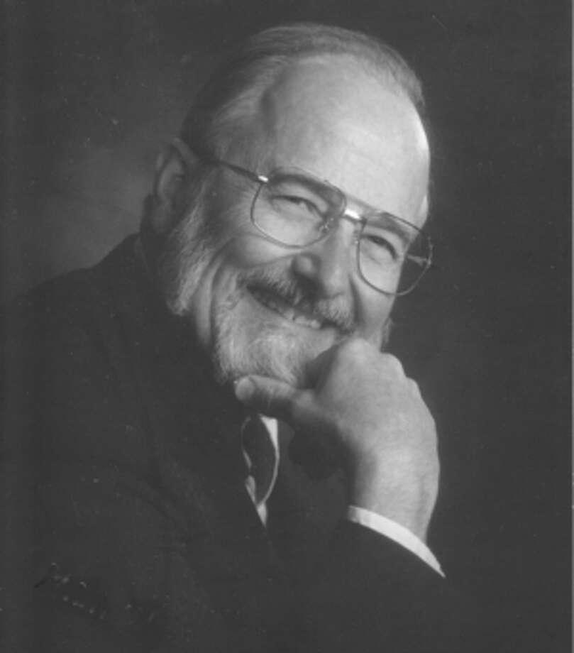 Machle, Dr. Edward