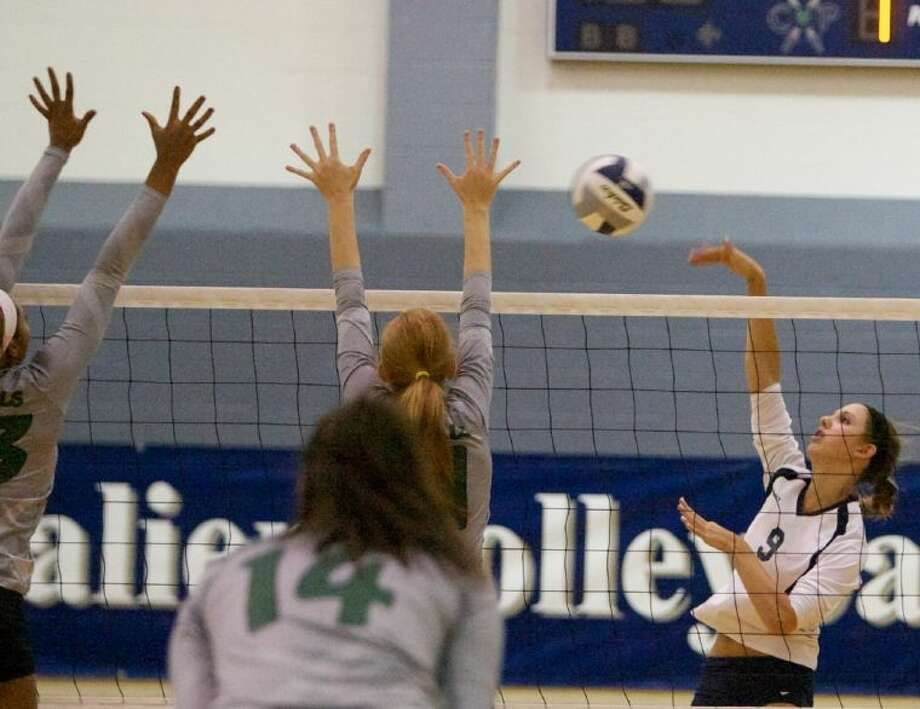 Junior Emily Thorson and the College Park Lady Cavaliers open the season with a tri-match against Brenham and Klein Collins on Tuesday at Klein Collins High School in Spring. College Park plays the Cubettes at 6 p.m. and the Lady Tigers at 7:30 p.m. Photo: Staff Photo By Eric Swist