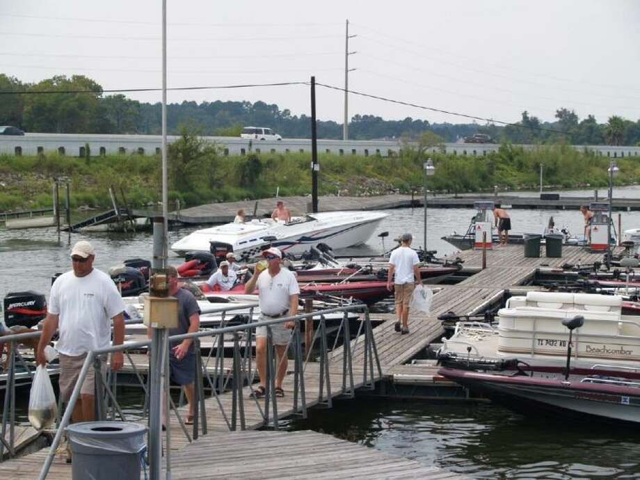 Boat launches and marinas are busy places on holidays, so put your best foot forward and work together to keep the launch traffic flow smoothly.