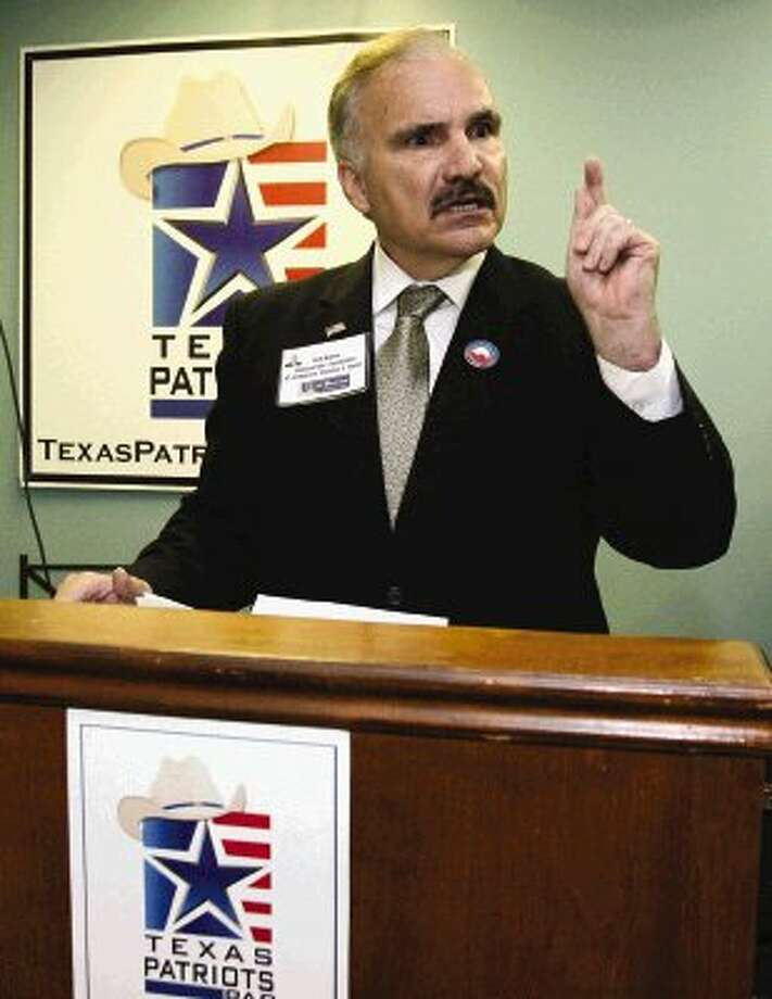 Neil Burns, Democratic challenger for the Congressional District 8 seat, was the featured speaker at a meeting of the Texas Tea Party Tuesday night.