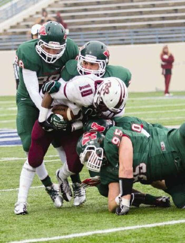 Zak Krolczyk (95) and The Woodlands defense will have its hands full with Allen quarterback Kyler Murray on Saturday. Photo: Staff Photo By Ana Ramirez / The Conroe Courier/ The Woodland