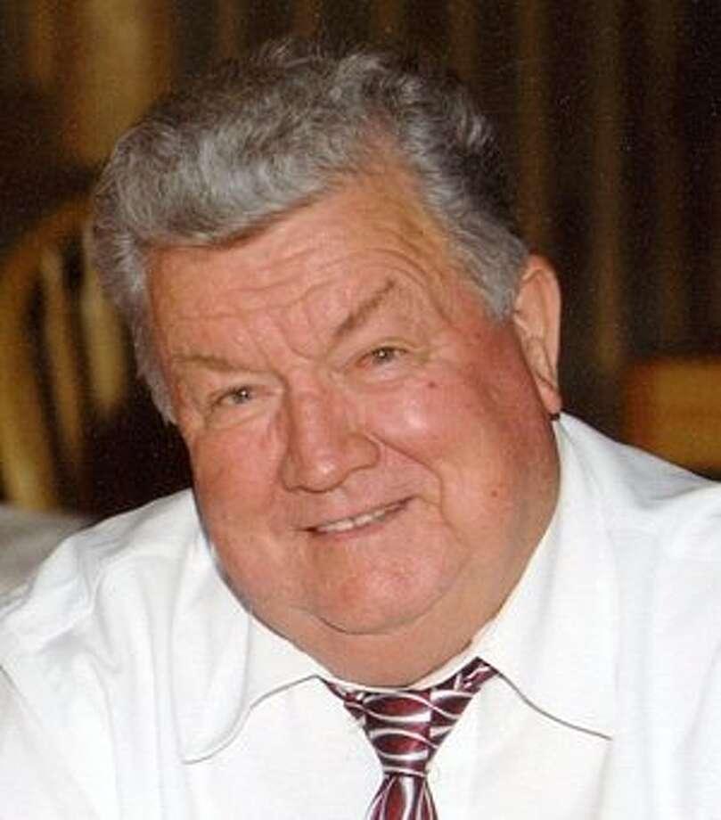 Moore, Earl Richard