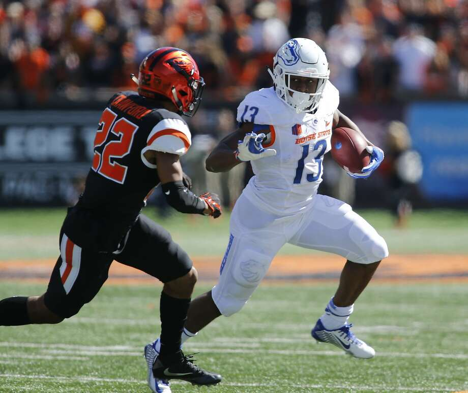 Boise State defeats Oregon State, 38-24