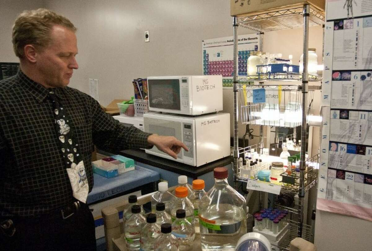 Daniel Kainer, Lone Star College-Montgomery Biotechnology Institute director, speaks about various algea strains being tested by students for potential use in the biodiesel project.