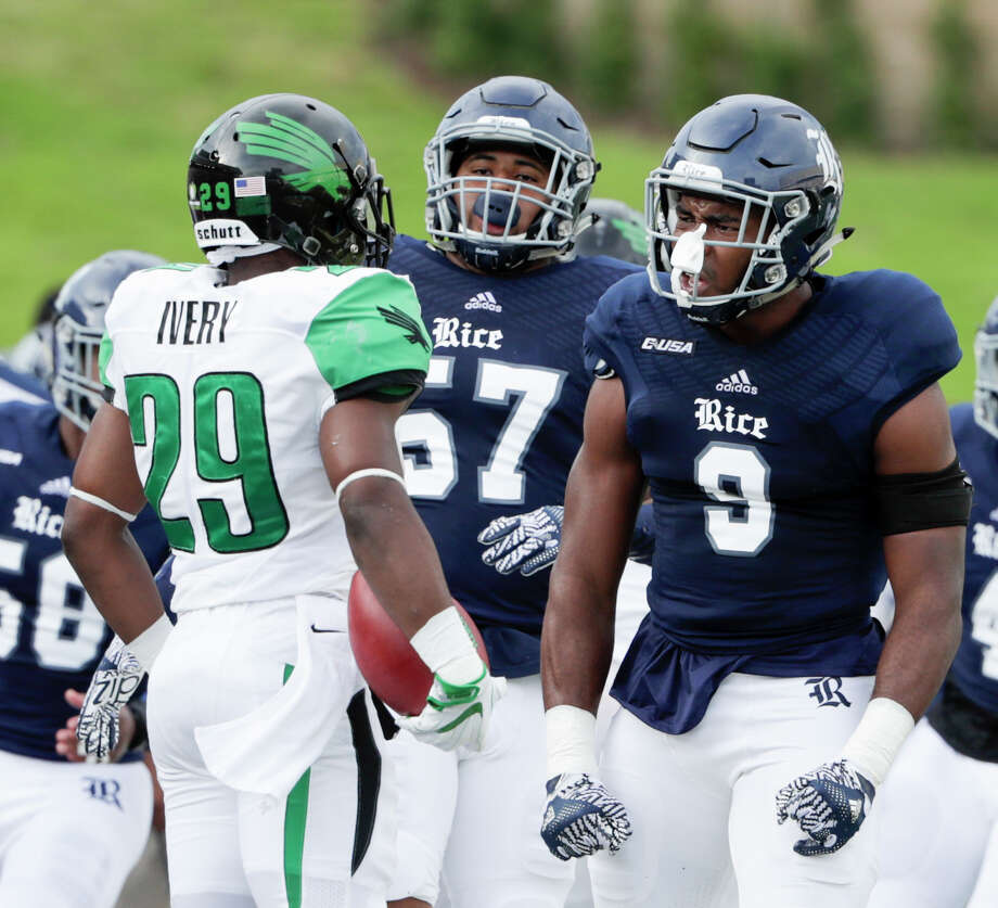 Rice Owls linebacker Tabari McGaskey (9) gets in the face of North Texas Mean Green running back Willy Ivery (29) on the sideline during the NCAA football game between the North Texas Mean Green and the Rice Owls at Rice Stadium in Houston, TX on Saturday, September 24, 2016.  The Owls lead the Mean Green 17-14 at halftime. Photo: Tim Warner, For The Chronicle / Houston Chronicle
