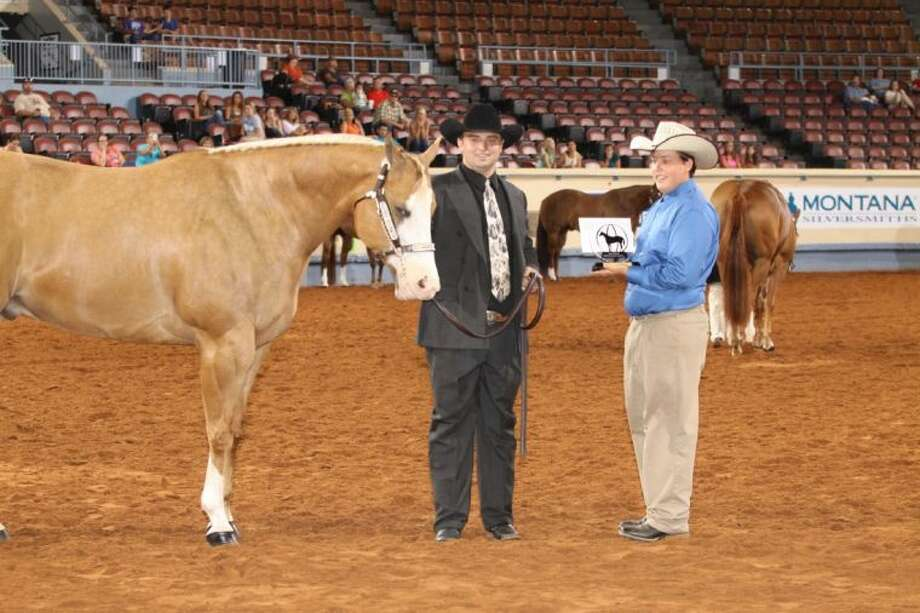 Hunter Lynn Griffin, of Conroe, won the Intermediate First Place in aged geldings at the 2013 Built Ford Tough American Quarter Horse Youth Association World Championship Show in Oklahoma City, OK. Photo: Alicia Harris