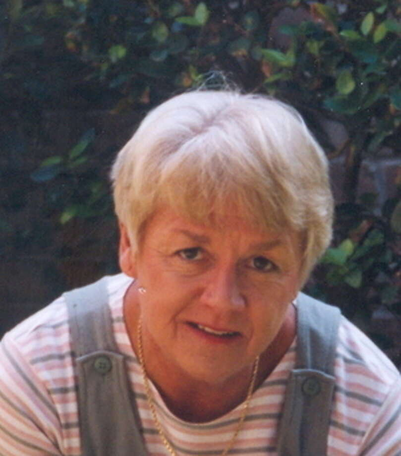 Webb, Lynne