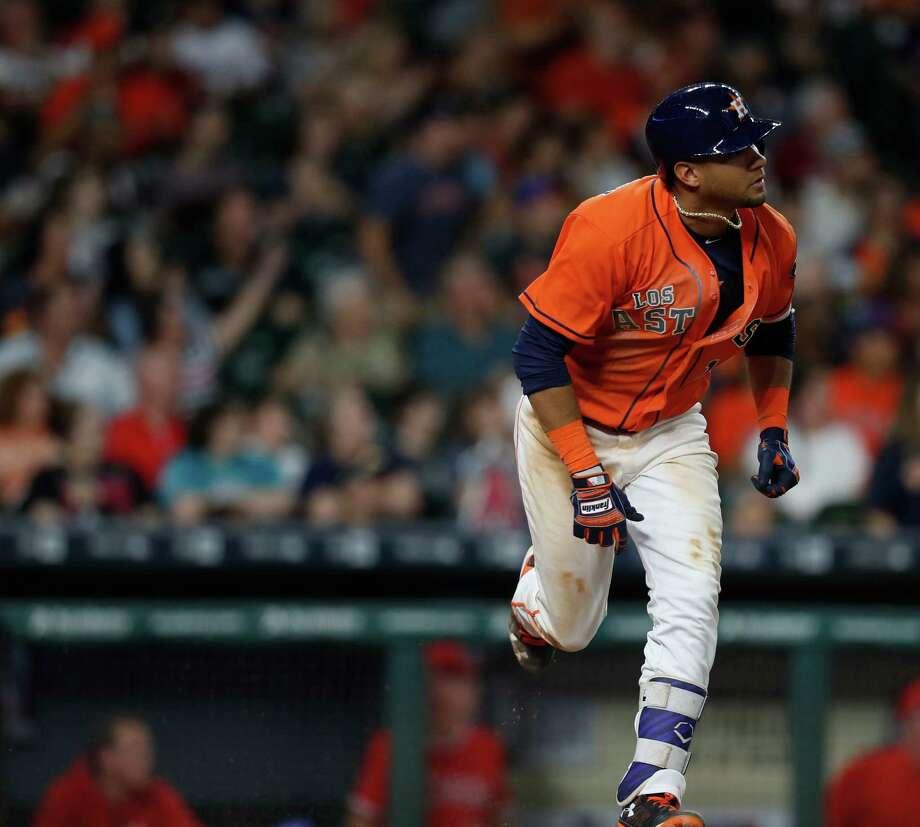 Astros' Yulieski Gurriel pays tribute to Jose Fernandez
