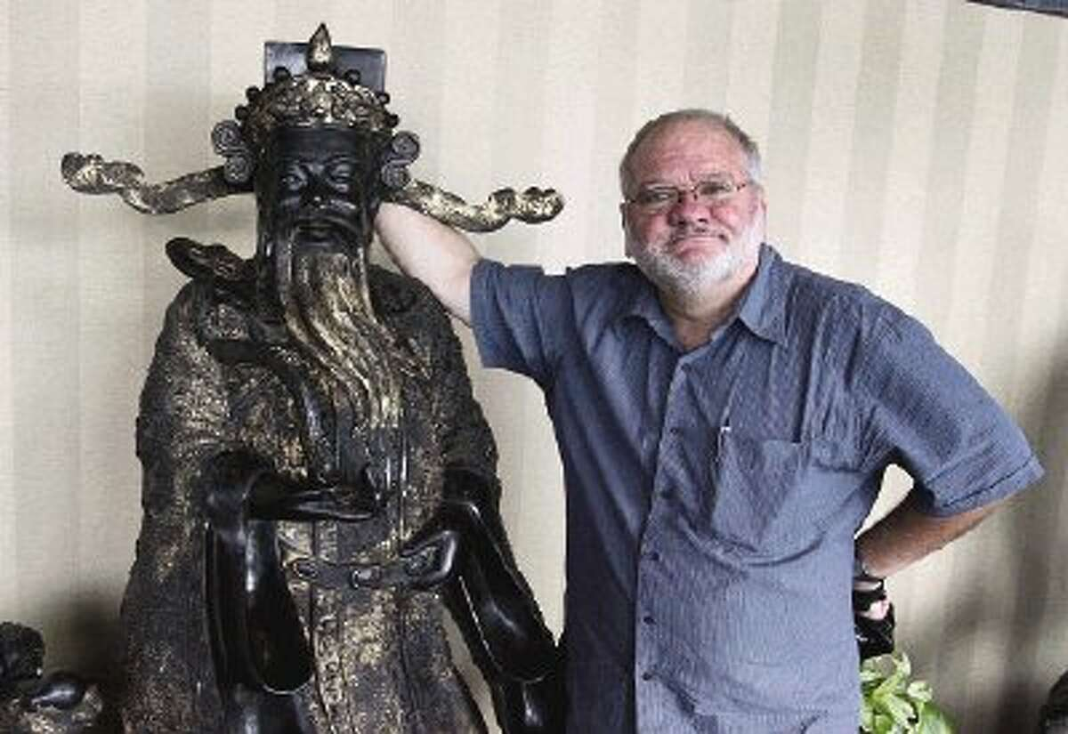 Whine & Dine reviewer Mark Hayter particularly enjoyed the life-size statues at the Red Phoenix Hunan Restaurant.