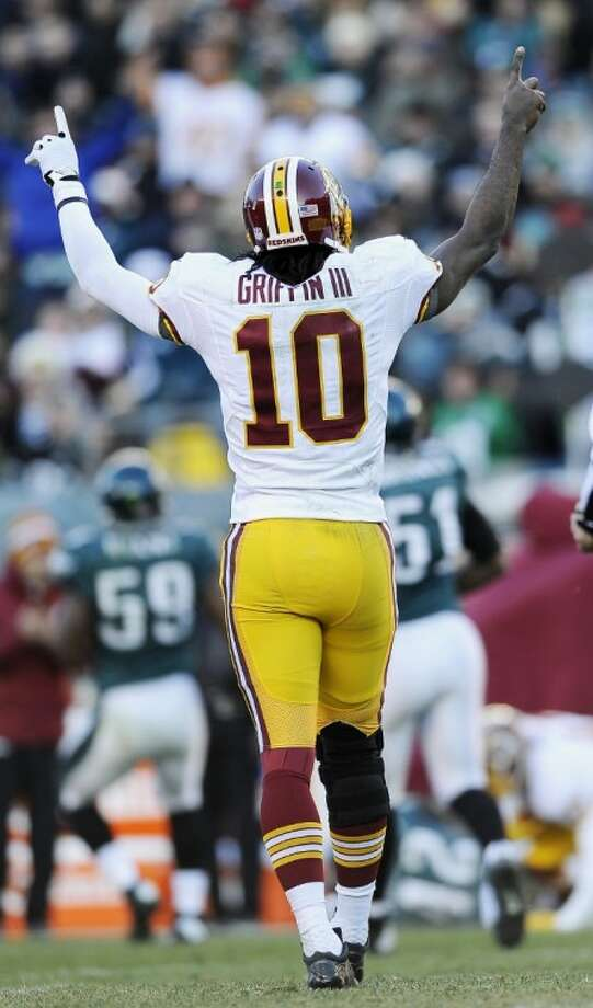 Robert Griffin III, a graduate of Copperas Cove High School and Baylor University, has guided the Washington Redskins to six straight victories. Photo: Michael Perez