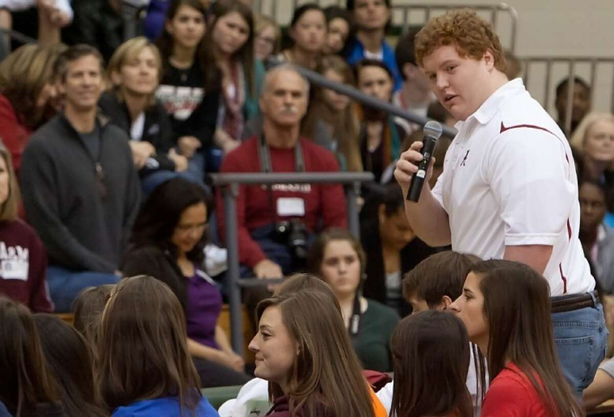 """Chad Lindsay, pictured Feb. 3, 2010, said he is """"absolutely"""" and """"100 percent"""" certain he made the right decision in picking Alabama over LSU and other football powerhouses during his recruitment."""