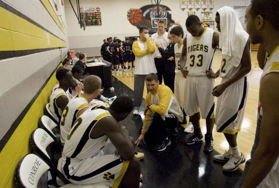 Conroe coach Jason Van Robays will take his team to play Montgomery tonight. Photo: Staff Photo By Eric S. Swist
