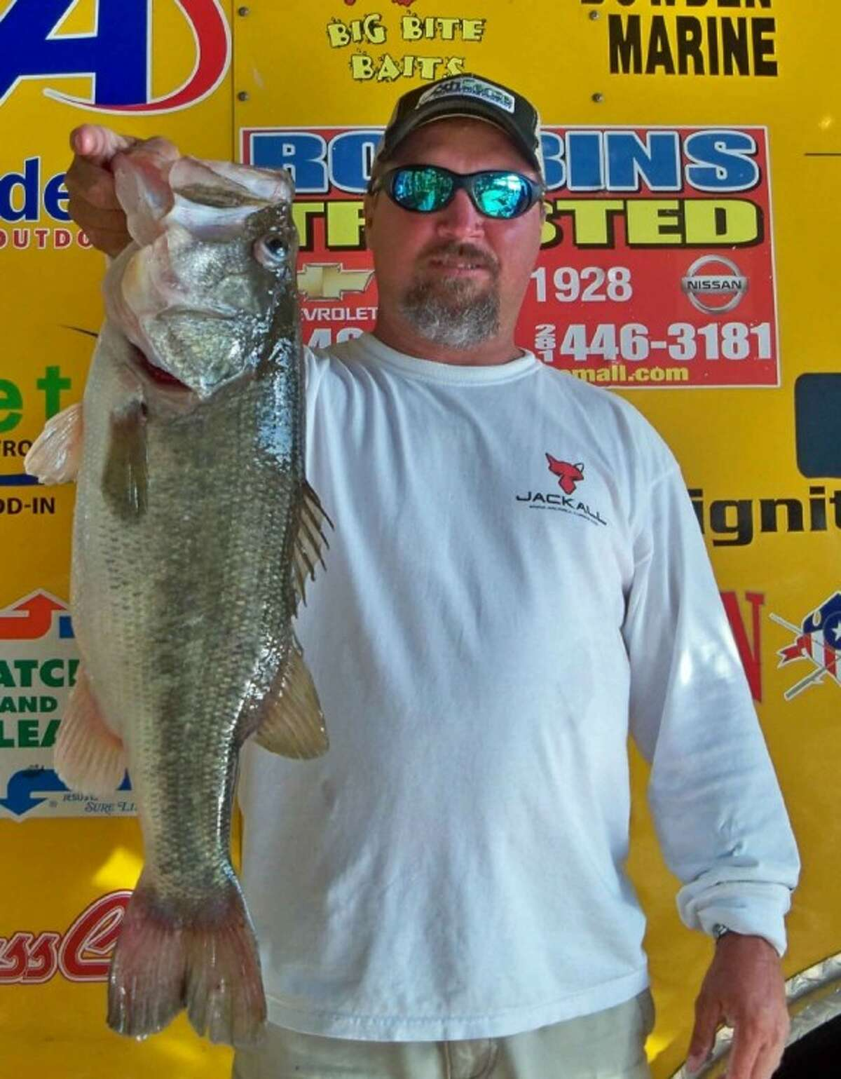 Steve Lee caught the big bass of the Ignition Bass Open Tournament No. 3. It weighed 6.09 pounds.