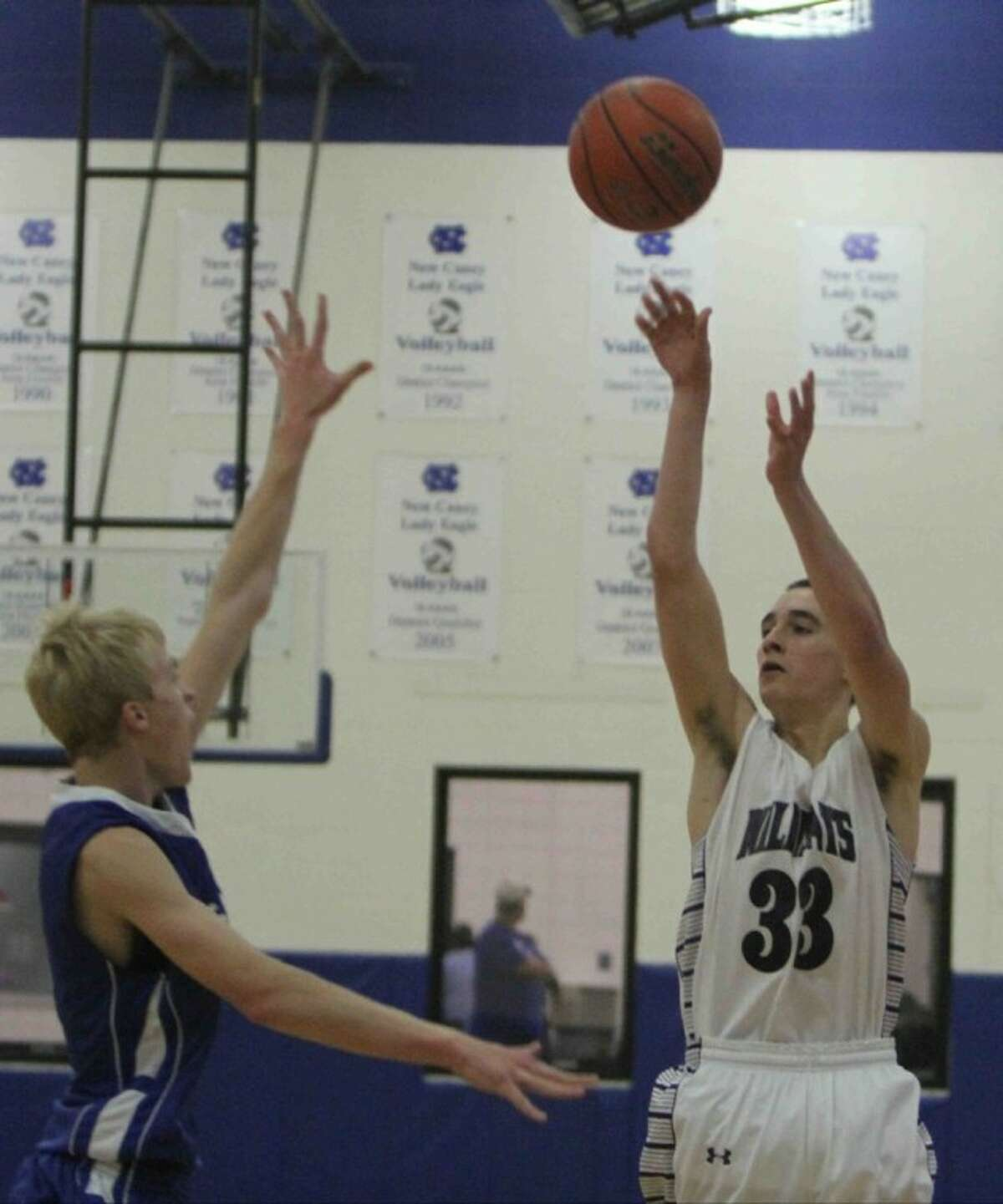 Willis' Cole Bowers goes up for a shot against Barbers Hill in the New Caney Tournament on Thursday. Willis won 56-40.