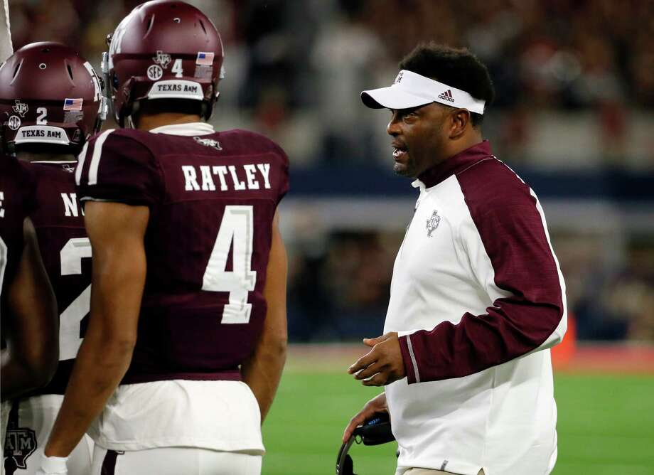 Texas A&M coach Kevin Sumlin's team takes on struggling South Carolina today before games against Tennessee and Alabama.  Photo: Tony Gutierrez, Associated Press / Copyright 2016 The Associated Press. All rights reserved.