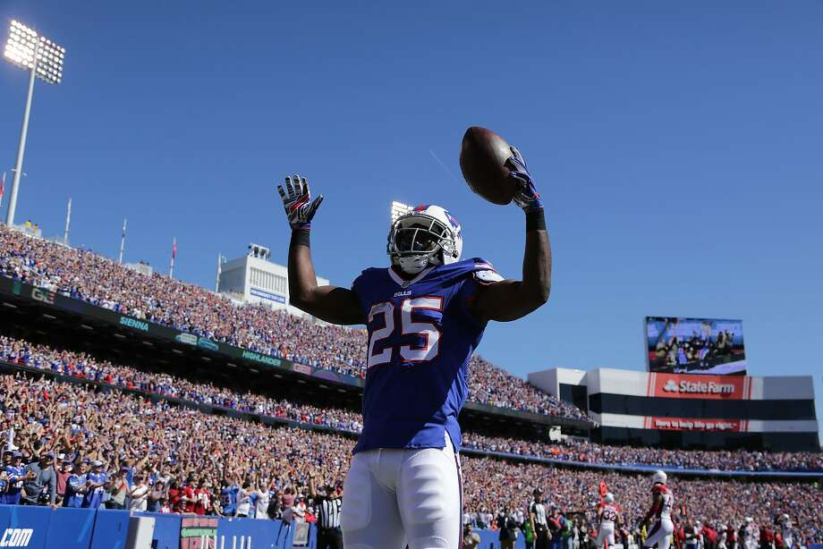 LeSean McCoy celebrates one of his two touchdowns. Photo: Brett Carlsen, Getty Images