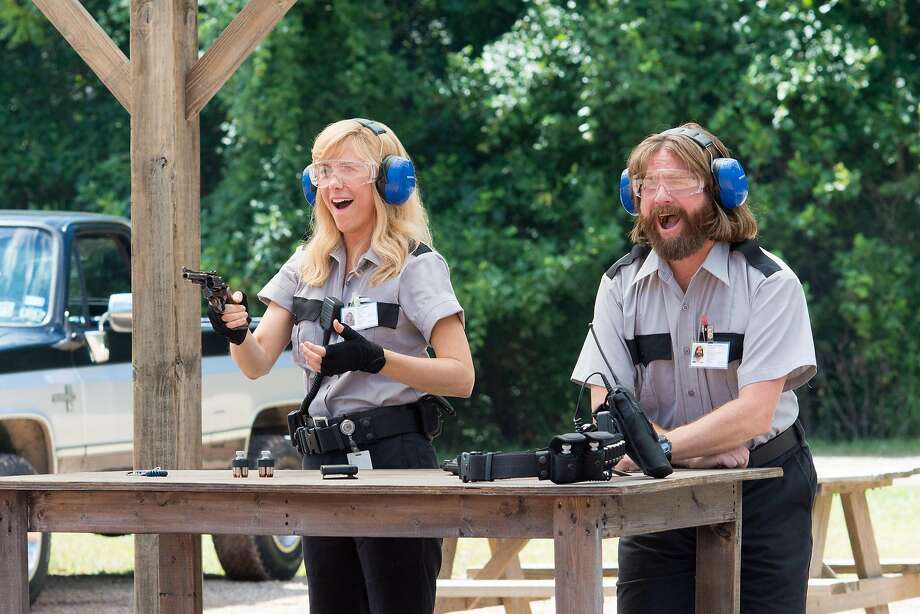 "Kristen Wiig and Zach Galifianakis star in ""Master minds,"" based on the 1997 Loomis Fargo robbery in North Carolina. Photo: Glen Wilson"