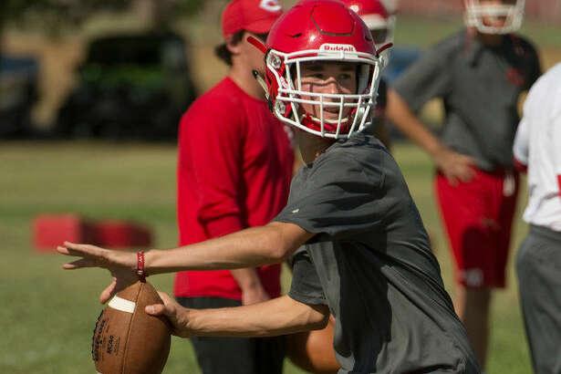 Coahoma's Braden Pearson looks to throw Tuesday 08-02-16 as they prepare for the 2016-'17 football season. Tim Fischer/Reporter-Telegram