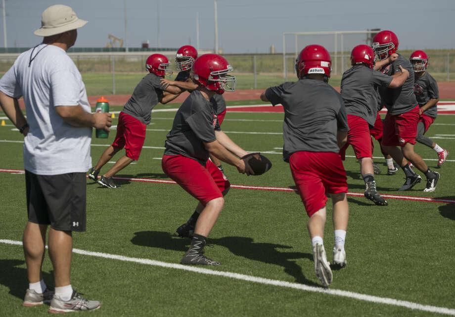 Stanton players run drills Wednesday 08-03-16 during practice. Tim Fischer/Reporter-Telegram Photo: Tim Fischer