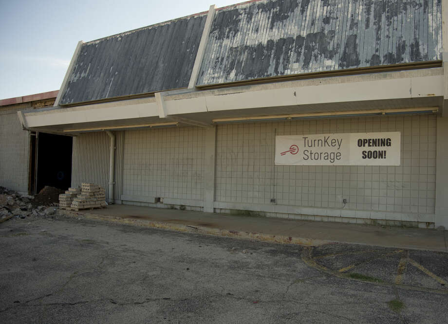 Developers are converting the old Kmart building on Midland Drive to an indoor storage facility with two drive through isles. Wednesday 07-06-16 Tim Fischer\Reporter-Telegram Photo: Tim Fischer