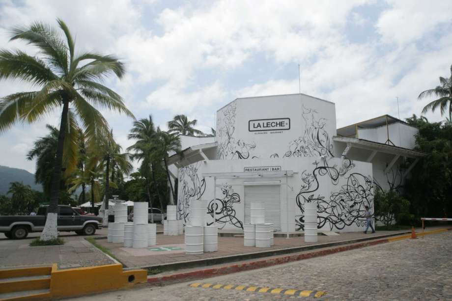 "The entrance of the restaurant ""La Leche"" stands closed after armed men abducted as many as 16 people who were dining in the upscale restaurant in Puerto Vallarta, Mexico, Monday, Aug. 15, 2016. Jalisco state prosecutor Eduardo Almaguer said in a news conference that preliminary results of the investigation indicate that all involved, kidnappers and kidnapped, were members of criminal organizations. Photo: Photo: David Diaz, AP"