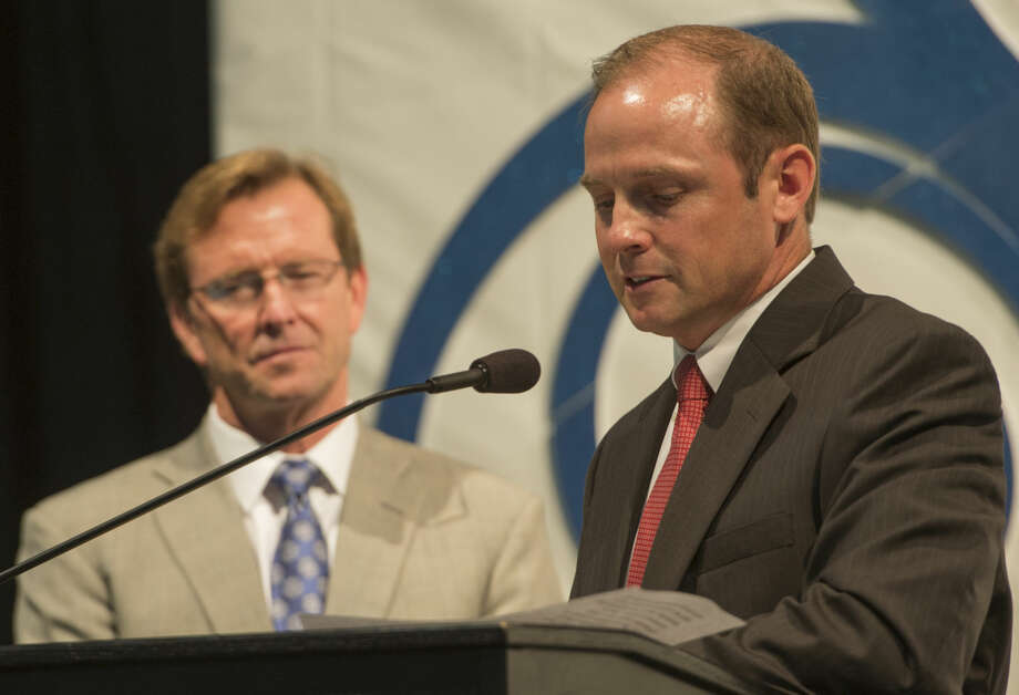 Midland Chamber of Commerce outgoing chair Cory Edmonson introduces chair-elect Taylor Mayne Wednesday 09-14-16 at the annual Chamber meeting. Tim Fischer/Reporter-Telegram Photo: Tim Fischer
