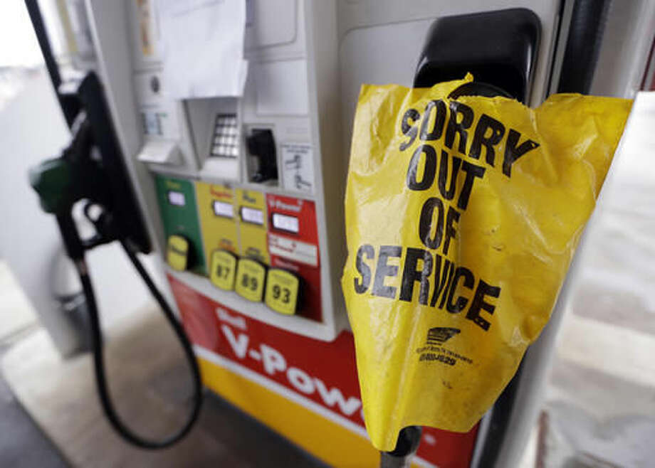 A bag covers a pump handle at a gas station that has no fuel to sell Saturday, Sept. 17, 2016, in Nashville, Tenn. Fuel supplies in at least five states are threatened by a gasoline pipeline spill in Alabama, and the U.S. Department of Transportation has ordered the company responsible to take corrective action before the fuel starts flowing again. (AP Photo/Mark Humphrey) Photo: Mark Humphrey