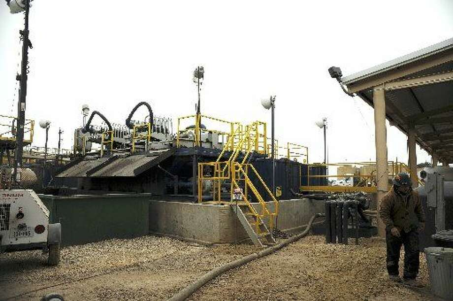 FILE: the Petro Waste Environmental LLC near Cuero accepts deliveries of energy industry waste. It uses a centrifuge and other processes to break it down. Photo: San Antonio Express-News