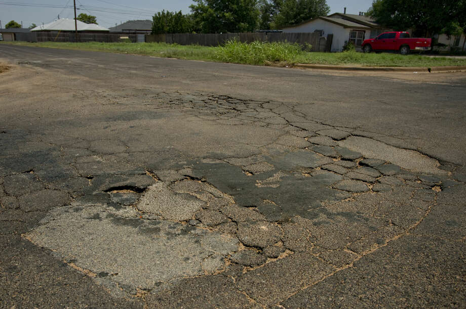 Streets in need of repair or resurfacing around Midland seen Tuesday 06-14-16, like this intersection near S. Main St and Taylor. Tim Fischer\Reporter-Telegram Photo: Tim Fischer