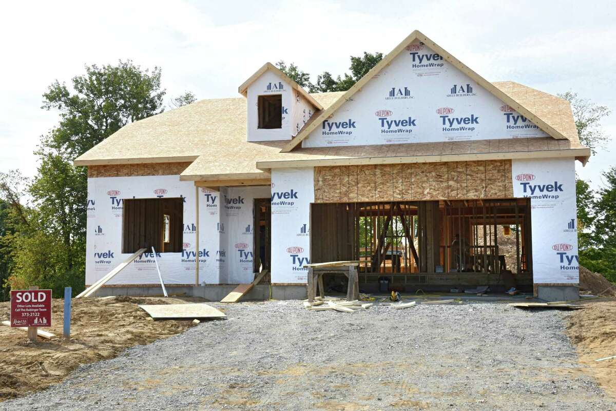 Construction continues on new homes in the Glen Meadows development on Monday, Sept. 26, 2016 in Halfmoon, N.Y. (Lori Van Buren / Times Union)