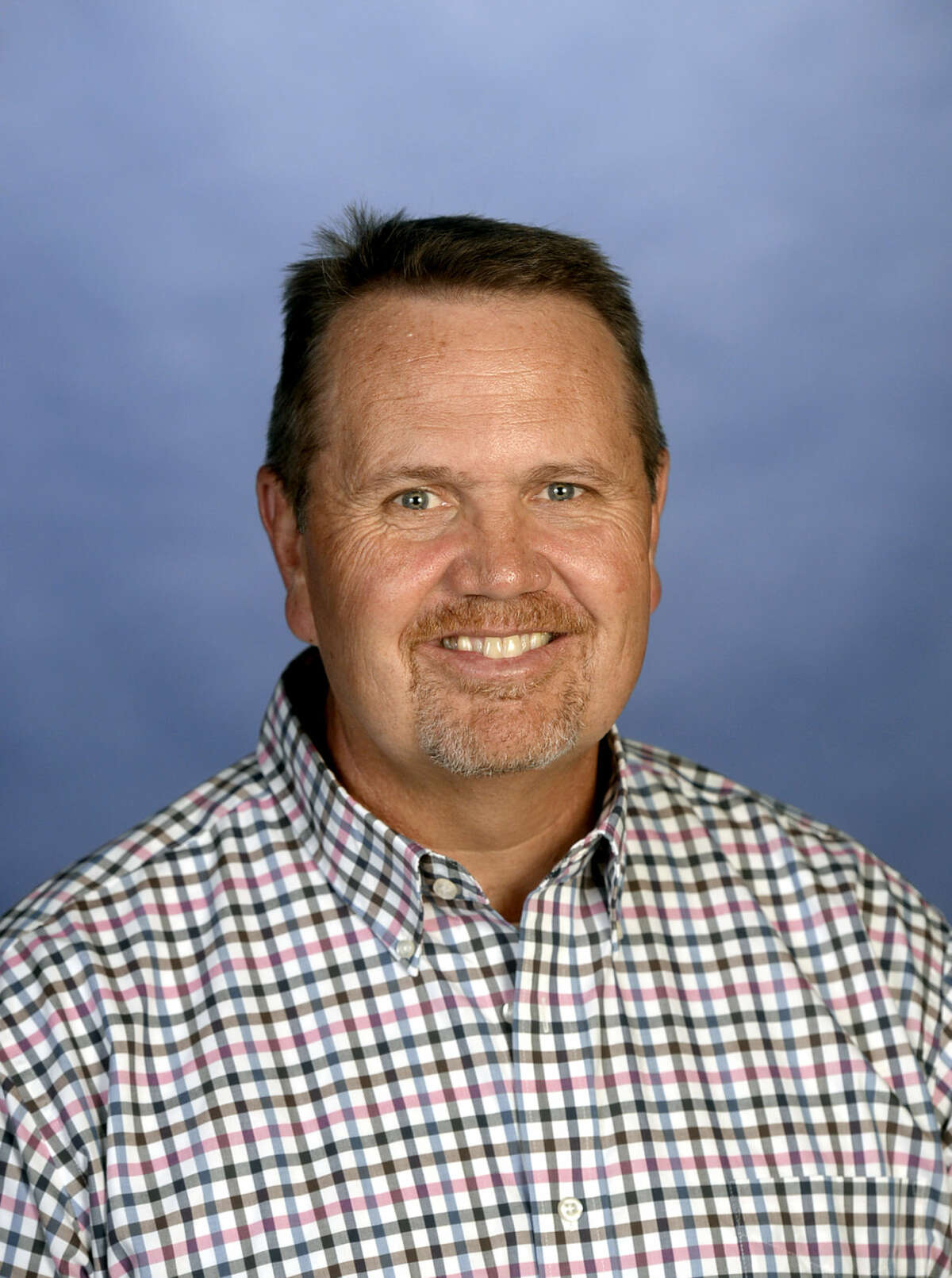 The board members in their Tuesday meeting, voted by a 6-1 margin, that Bryan Murry will replace Rick Davis after Davis served in that position for six years.