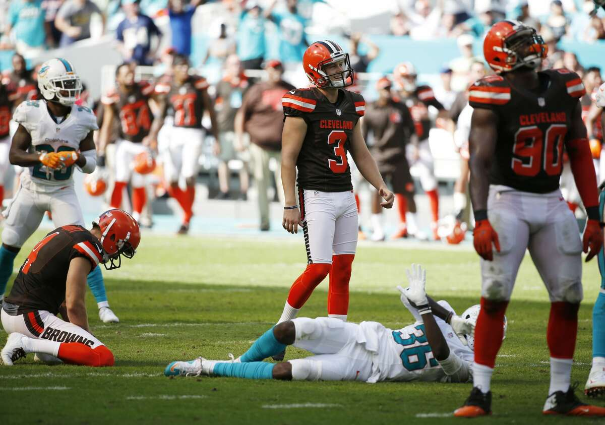 32. Cleveland Browns (0-3): The Browns kept things close at Miami, but new kicker Cody Parkey's three missed field goals doomed Cleveland to yet another tough loss. Last week: 32