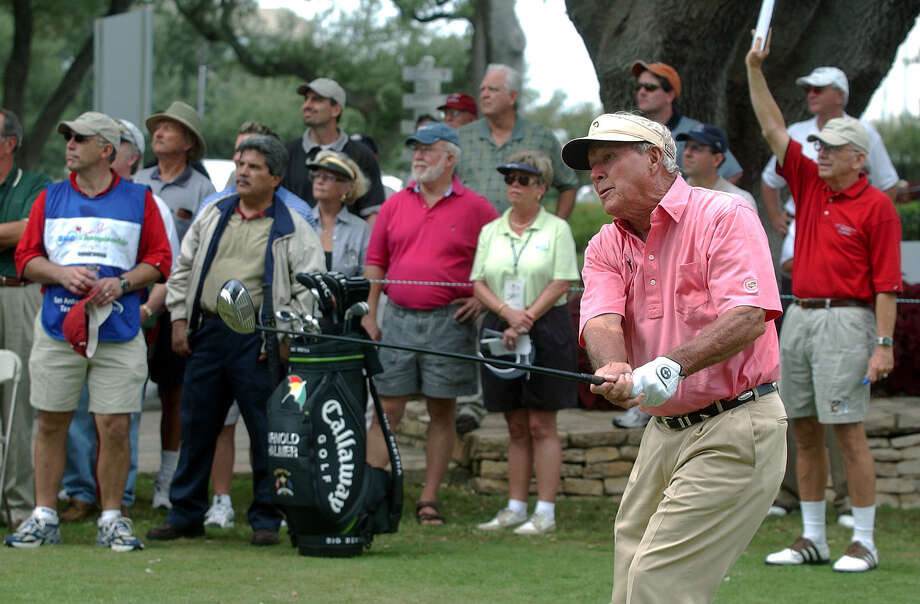 Arnold Palmer sends his drive off the No. 10 tee box at Oak Hills Country Club on Oct. 15, 2003, during a pro-am event. Photo: Tom Reel /San Antonio Express-News / SAN ANTONIO EXPRESS-NEWS