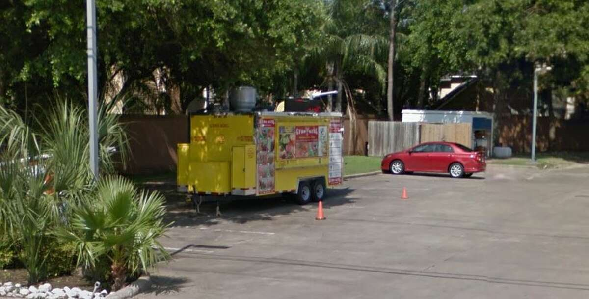 Gyro King #2 2424 Old Spanish Trail Houston, TX 77054 Demerits: 76 Inspection Highlights:Establishment not in compliance with Article II, Food Ordinance. (SEC.20-22 offense observed) 1.Operator of mobile food unit failed to provide to the department a signed and notarized statement of the property owner granting permission for operation of the mobile food unit at the proposed location.