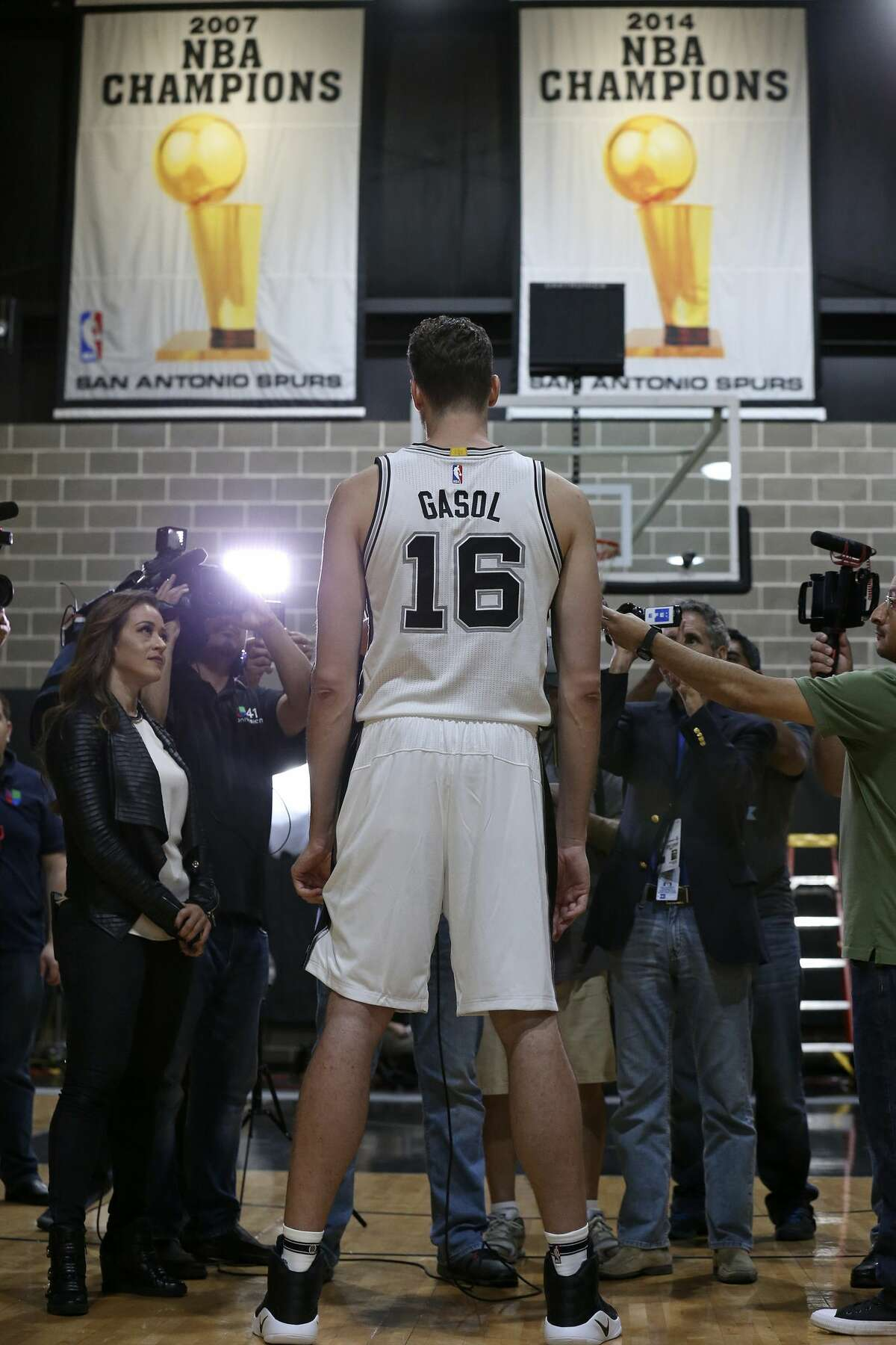 San Antonio Spurs' Pau Gasol answers questions from the media during Spurs Media Day held Monday Sept. 26, 2016 at the Spurs practice facility.