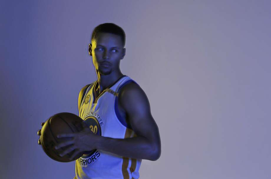 Stephen Curry (30) poses for a photo during Warriors Media Day at their training facility in Oakland, Calif., on Monday, September 26, 2016. Photo: Carlos Avila Gonzalez, The Chronicle